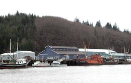 Port of Willapa Harbor dock, offices, manufacturing buildings, Raymond, 2007